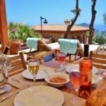 Lunchtime at Villa Acacia