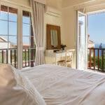 Villa Nazar - Bedroom with view