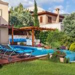 Villa Nazar - Pool and Garden